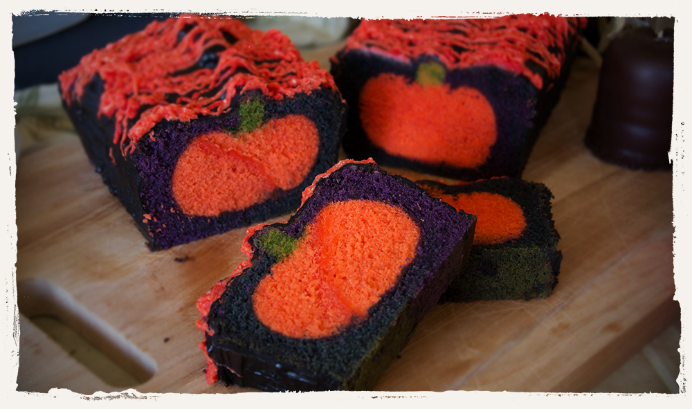halloween k rbis berraschungs kuchen halloween backideen. Black Bedroom Furniture Sets. Home Design Ideas