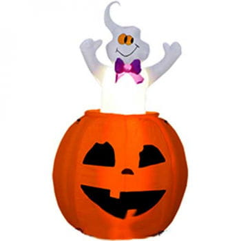 Pumpkin inflatable with a moving spirit