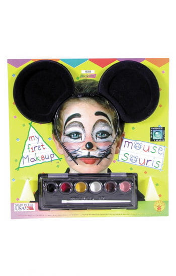 Mouse makeup with mouse ears