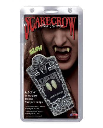 Vampir Zähne nachleuchtend